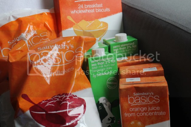 photo What to Donate to a Food Bank 1_zpsmtly5hgf.jpg