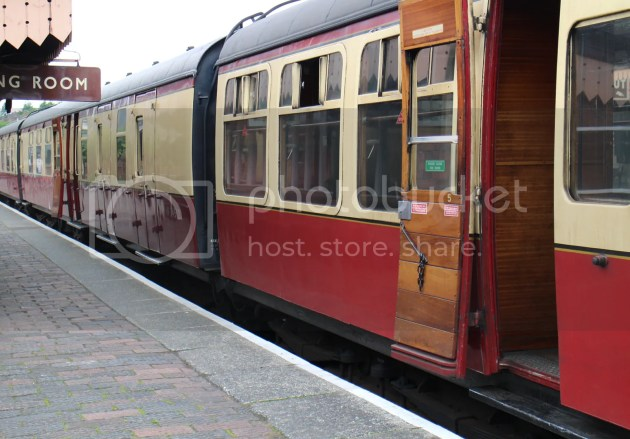 photo Severn Valley Railway 7_zpsf4ql6pld.jpg