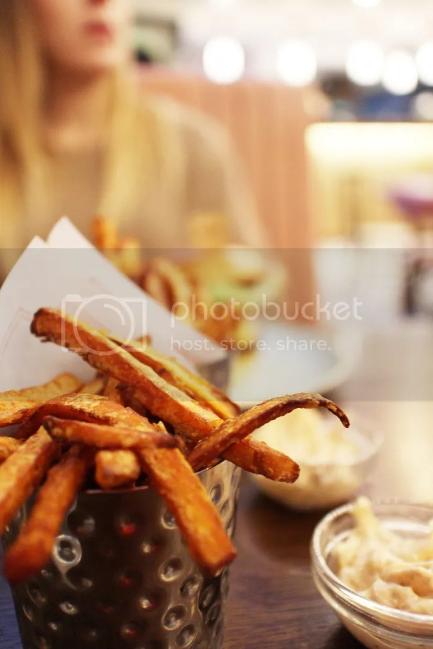 photo Gourmet Burger Kitchen Review 6_zpsrgb2marh.jpg