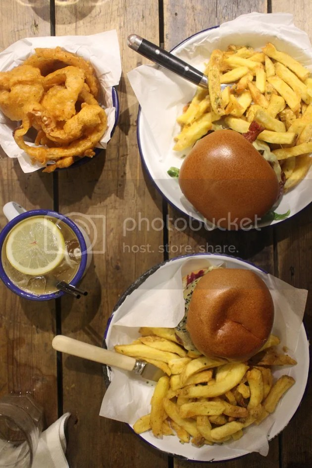 photo Honest Burger Review 1_zpsgeseavtn.jpg