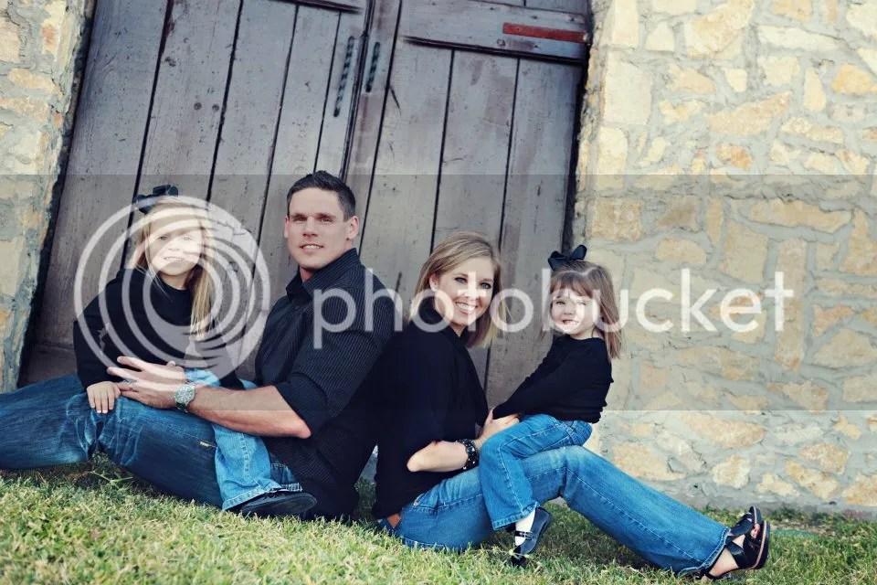 photo family 2011_zpsj8f4b2ip.jpg