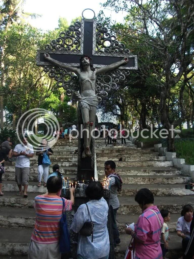 Resulta ng larawan para sa pilgrimage to grotto in novaliches