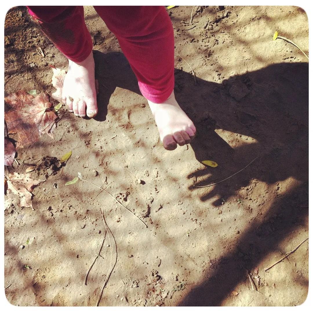 dirt toes