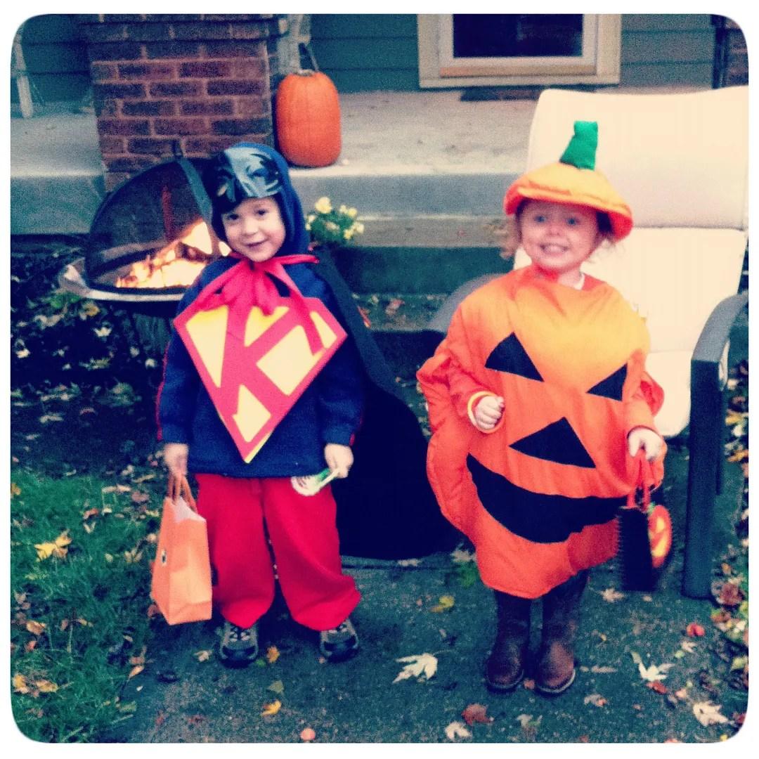 halloween kiddos