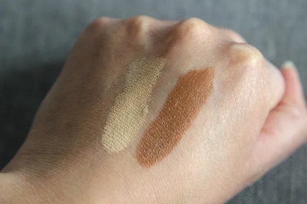 Black Up Contouring Stick photo Swatches_Black_Up_contouring_stick_01_zps9ne1z9se.jpg