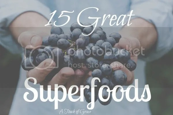 15 great superfoods that will keep your body and mind healthy.