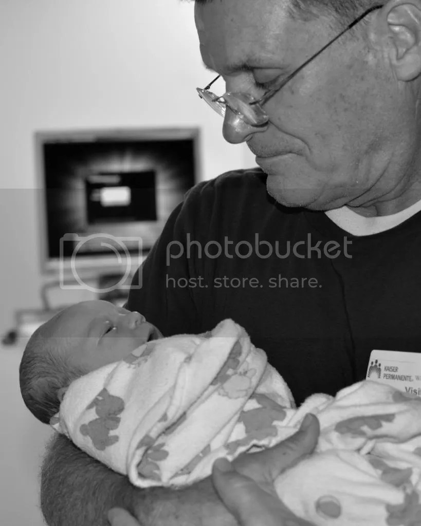 photo elliebirth15_zps947b7b0a.jpg