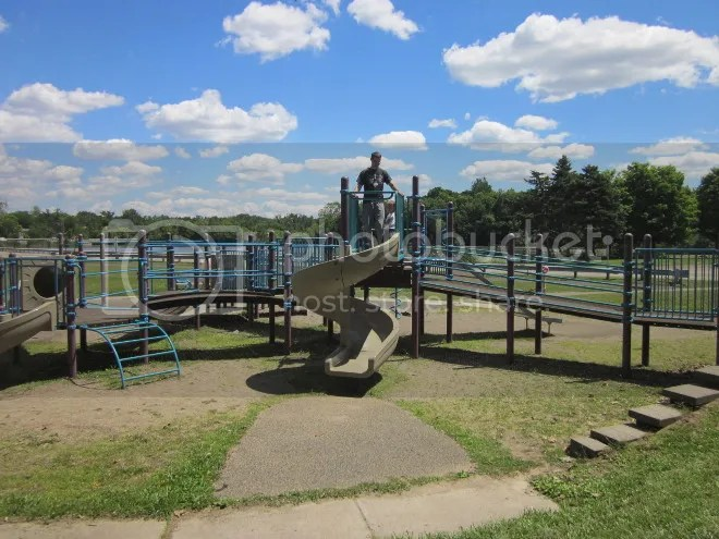photo playground_zps962ad552.jpg