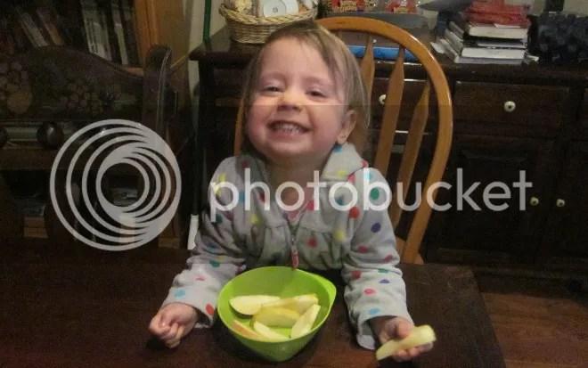 photo eatingapples_zps0b9bc23a.jpg