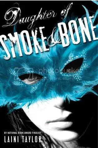 Daughter of Smoke and Bone by Laini Taylor Cover - Review