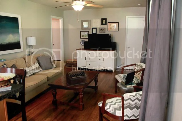 photo livingroom3_zpsqfr6woai.jpg