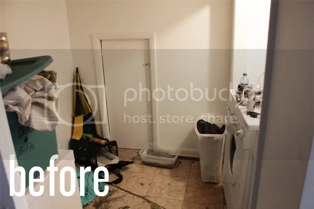 photo organize_laundry_before_zps1a4bef97.jpg