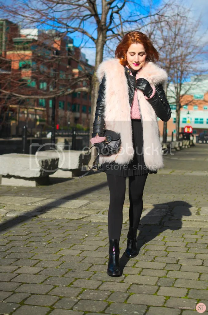 photo STYLETRACES-PINK AND PLEATED WINTER VERSION-fashion blogger_red head_street style_look do dia_outfit of the day_ootd_dublin__zpsbyyrg9o5.png