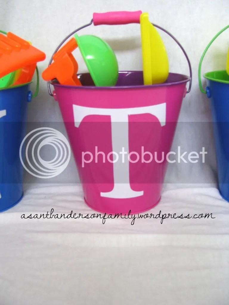 Taylor's Bucket