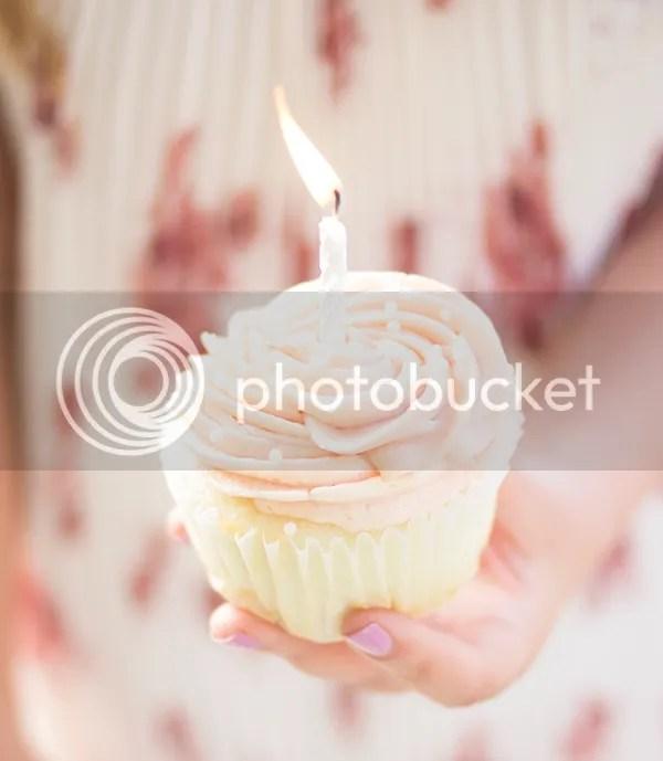 photo cupcake1_zps0wanvrzm.jpg