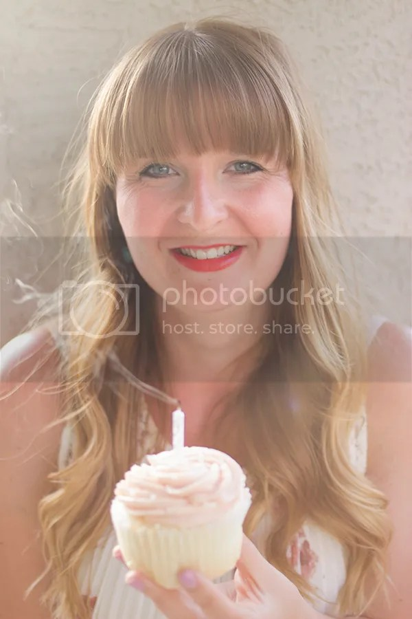 photo cupcake2_zpsivcyujzi.jpg