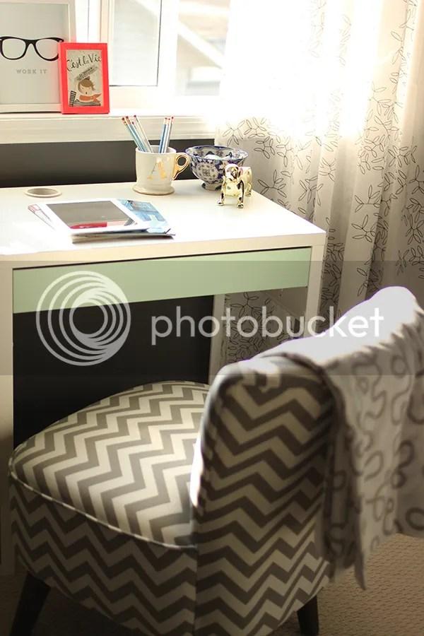 photo office6_zpsd08a8697.jpg
