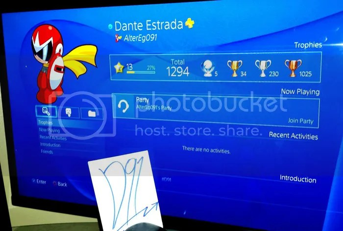 I GOTZ ME A PS4 STUDIO PICTURES And MY GAMERTAG By