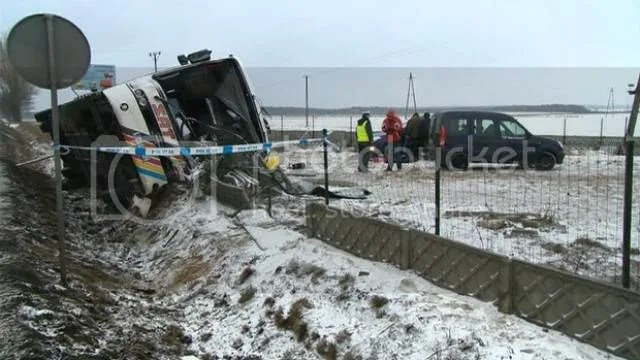 bus crash legia fans