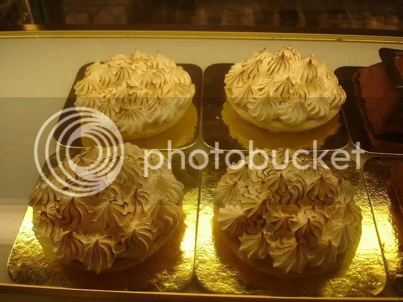 Luscious Banana Cream Pies