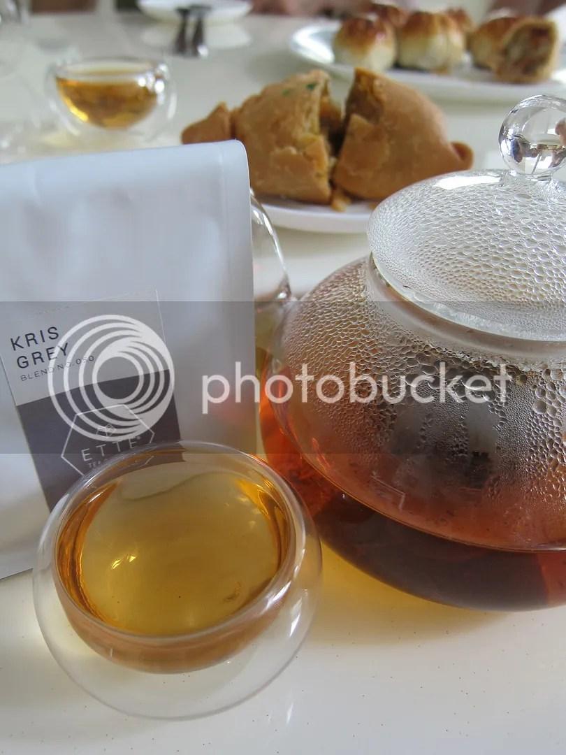 Ette Tea Kris Grey