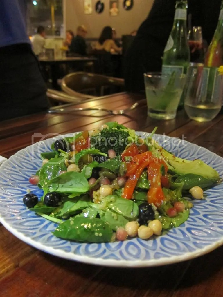Seasons bistro superfood salad