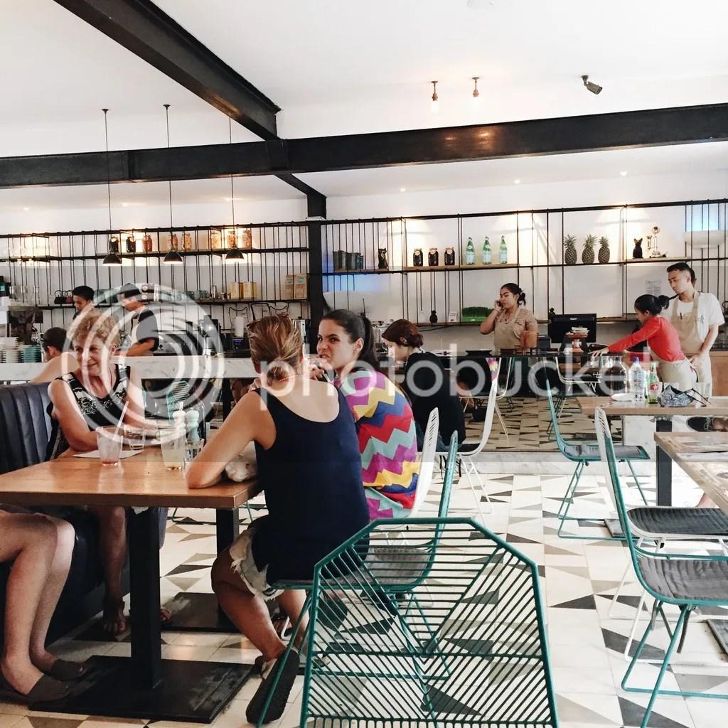 Seminyak Sisterfields cafe