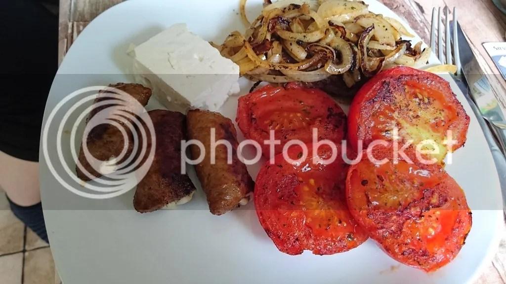 Rinderhacksteak, Mini-Bifteki, Tomaten photo DSC_0115_zpsqnsyb8fp.jpg