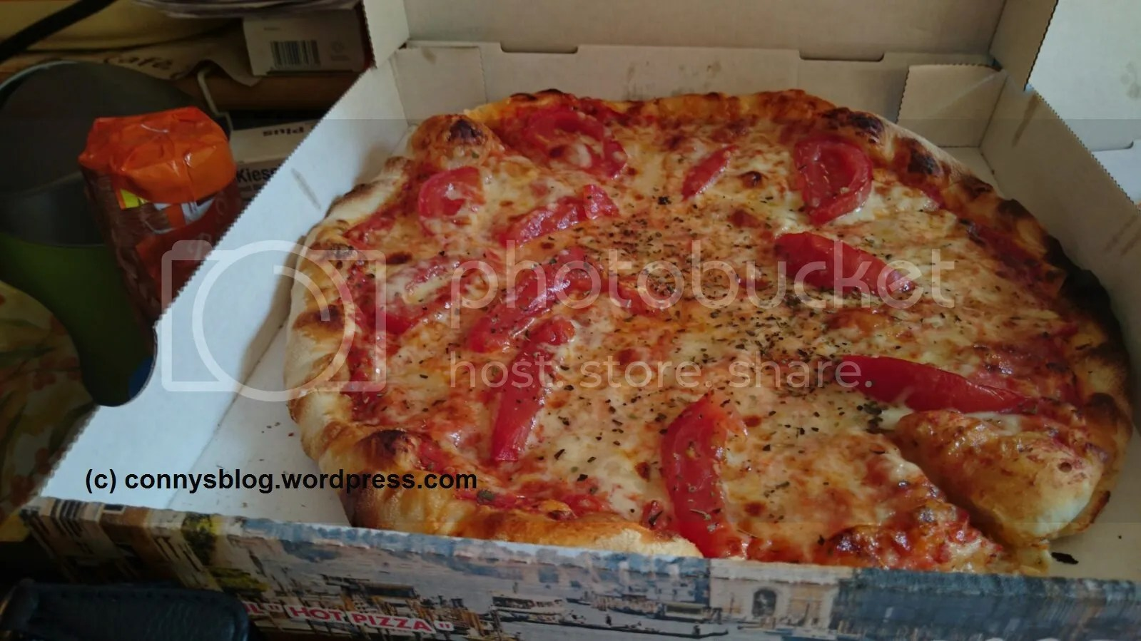 photo Tomate-Mozzarella-Pizza_zpsdkkrnfq5.jpeg