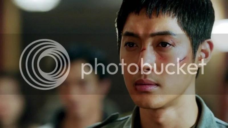 photo kim-hyun-joong-800x450_zpsab2e2c74.jpg