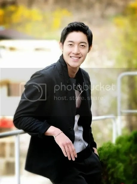 photo kim-hyun-joong-to-hold-world-tour-in-june-with-a-new-album-and-world-cup-song1_zps57794b88.jpg
