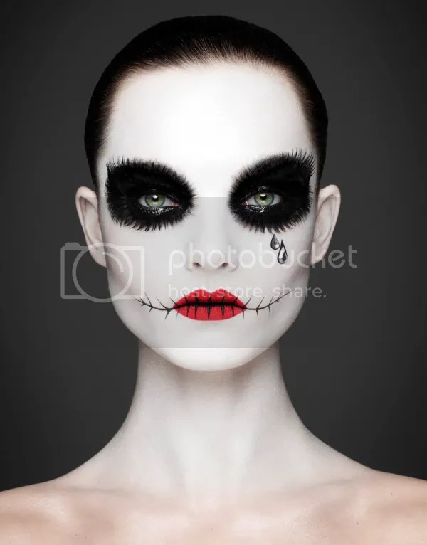 photo epitaph-editorial-by-rankin-andrew-gallimore-4-600x766_zpse90bdb3e.jpeg