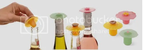 Floral Wine Stoppers | 10 SPRING-ish Gadgets by Bloggeretterized