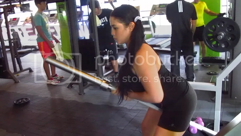 Lara Novales workout