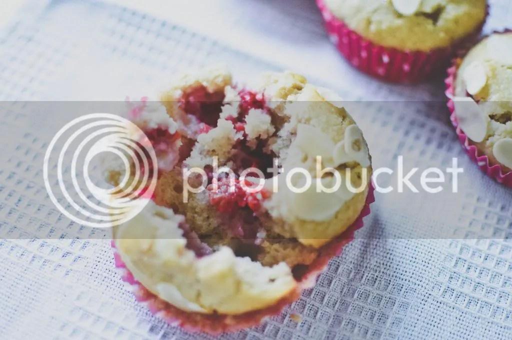 Raspberry, Applesauce & Almond Cupcakes
