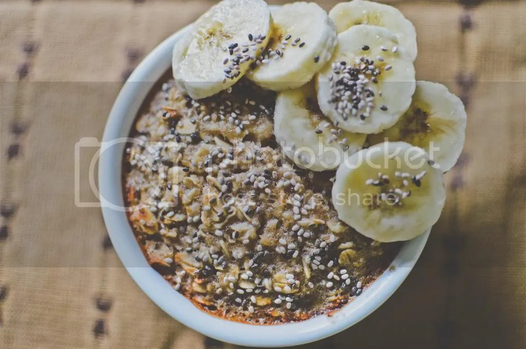 Baked Banana & Soy Oatmeal with Chia Seeds