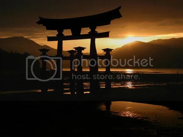 photo japan-dusk_6019_600x450_zps8c42f3f6.jpg