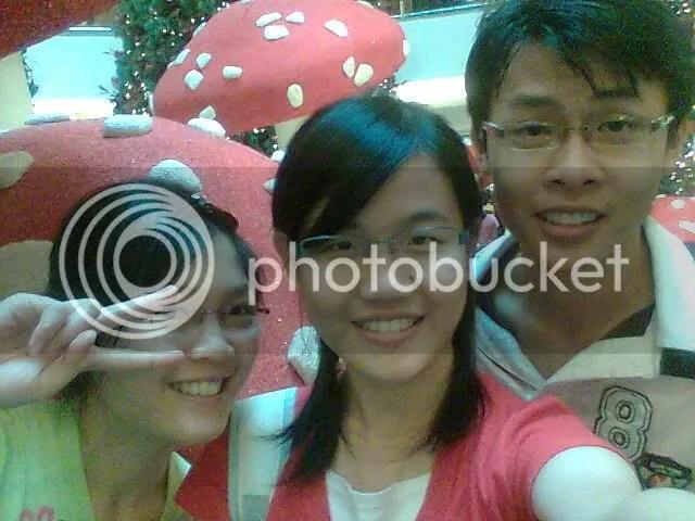 Me,Meng Chia, Lean Han