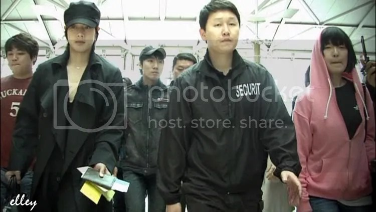 Kim Hyun Joong ready action !