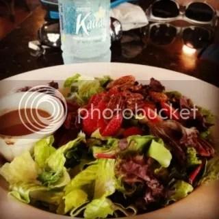 Kalaheo Coffee Company & Café's Spinach & Kauai Greens Salad