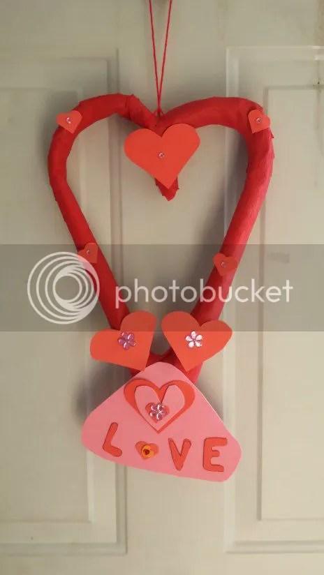 valentines-day-wreath-diy
