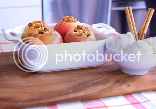 Viki's Granola Baked Granola Apple