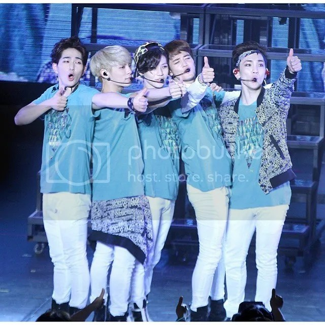 SHINee OT5 photo SHINeeWorld2014-1_zpsa1180bc4.jpg