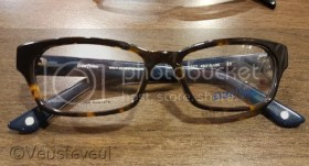 Gewone bril voor de oudste