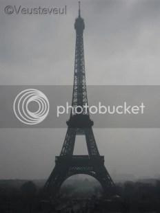 De Eiffeltoren, bijzonder 'spooky' foto gemaakt door onze dochter!