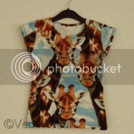 Giraf shirt voor de oudste, wat langer en slanker