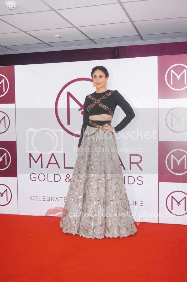 Malabar, Malabar Gold and Diamonds, Jewels, Jewelry, Jewellery, Jewellery Store in Kuala Lumpur, Gold, Diamonds, Engagement Rings, Sapphire, Pearls, Necklaces, Earrings, Bracelets, Kuala Lumpur, Malaysia, Kareena Kapoor Khan,