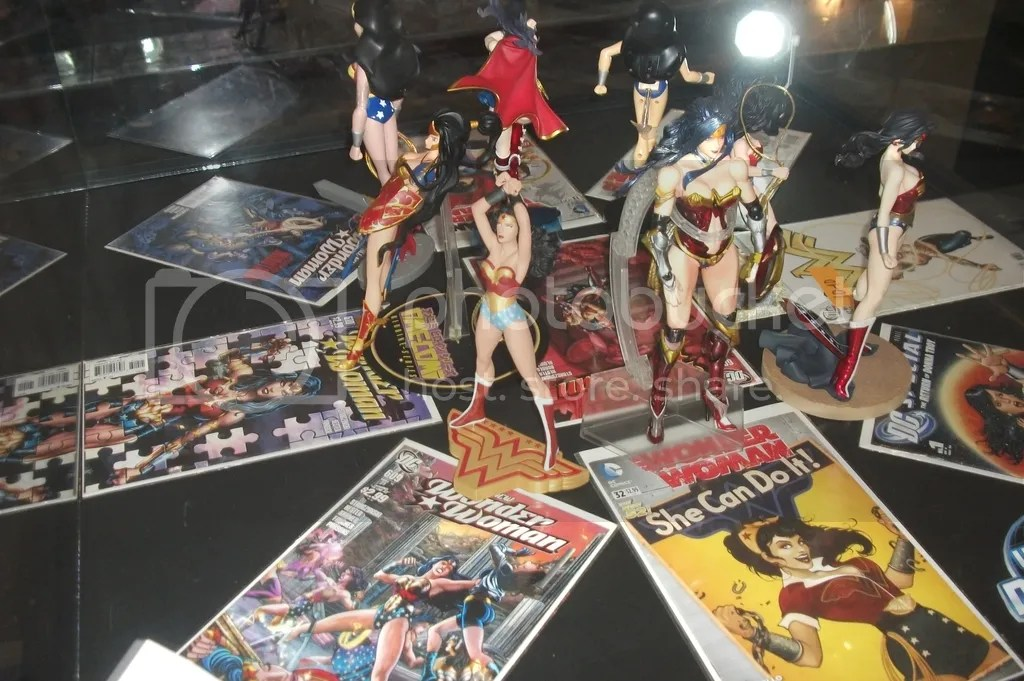 Superman collectors connection world record event april 18 the philippines will attempt to gather the largest costumed dc superheroes on april 18 in sm north edsa the block stopboris Images