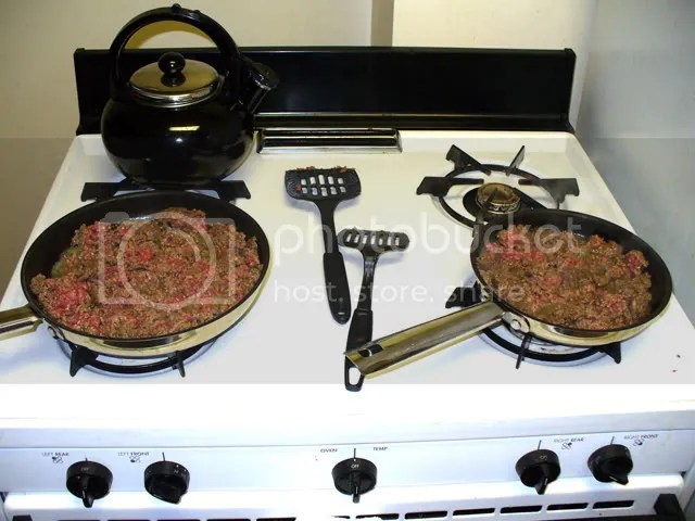 groundbeef-bothpansonstove.jpg