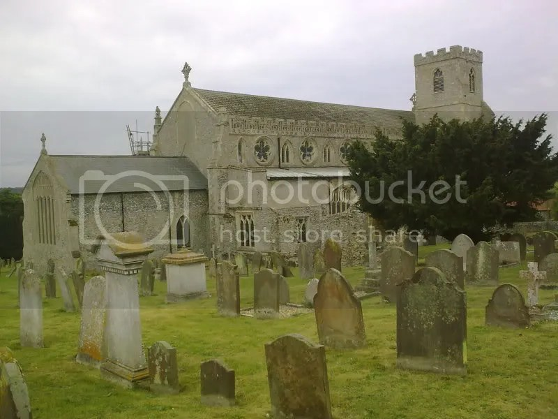 Cley Churchyard Pictures, Images and Photos